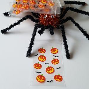 """CLEARANCE 25 Zipper Halloween Threat Bags 4""""x6"""""""